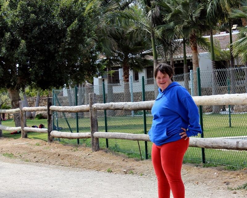 laura monitora granja escuela